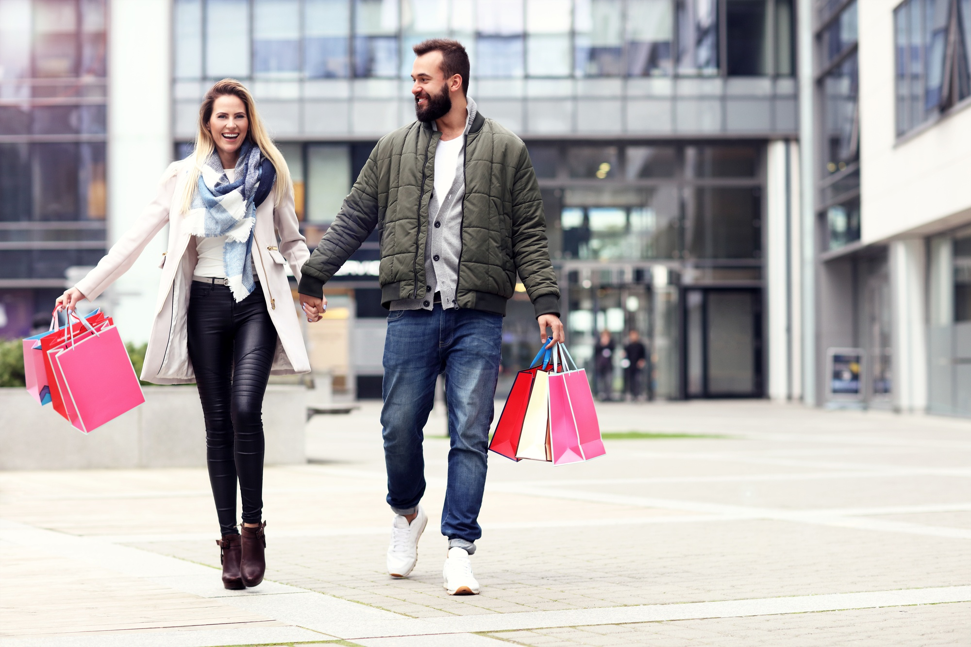 Yelp shopping social media location agency man woman with bags