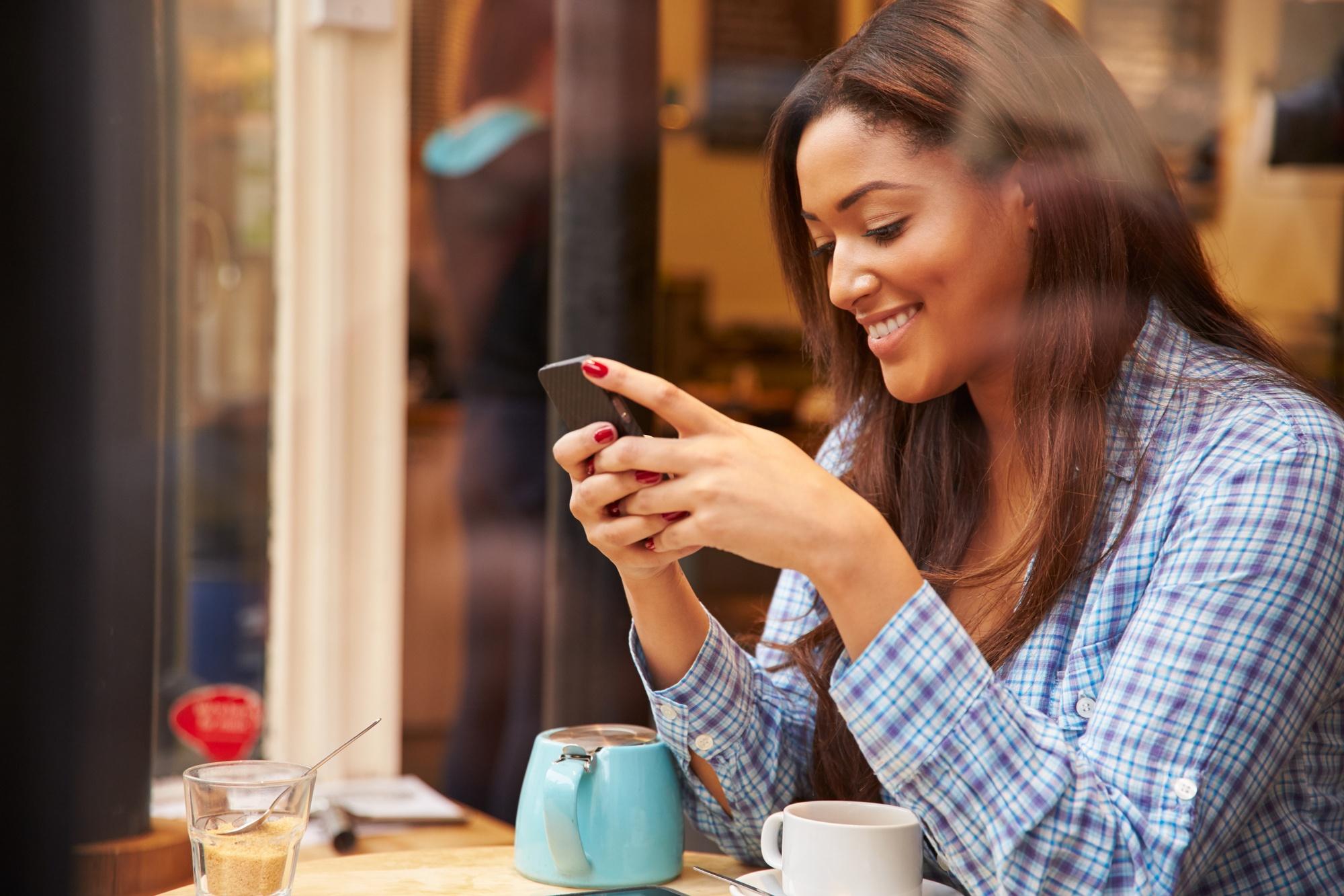 woman review yelp social media